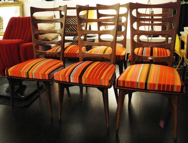 6-anciennes-chaises-avec-dossier-en-bois-ajoure