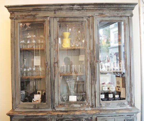 ancien-buffet-vitrine-en-bois
