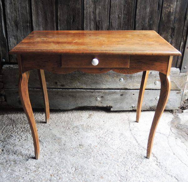 ancien-bureau-table-occassionnelle-en-bois