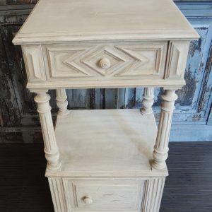 Table De Chevet En Bois Vintage Repeinte