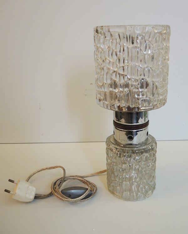 ancienne-lampe-tube-en-verre-craquele