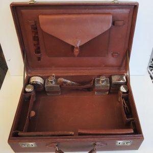 Trousse/Valise De Toilette / Voyage Vintage