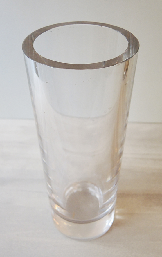grand-vase-tube-en-cristal