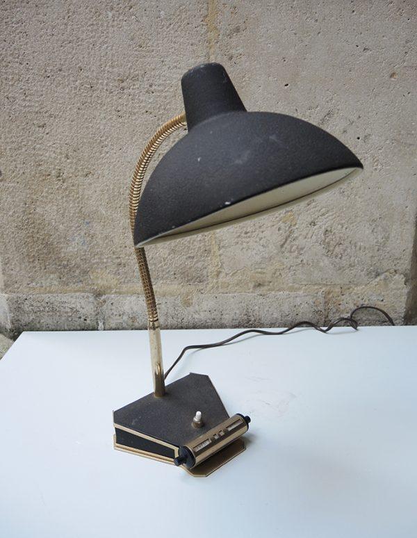 ancienne-lampe-de-bureau-calendrier
