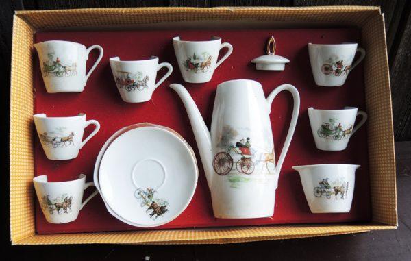 ancien-service-a-the-cafe-porcelaine-bavaria