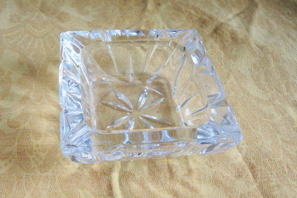 cendrier-vide-poche-en-verre-taille-epais