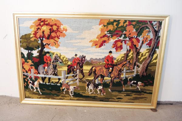ancienne-tapisserie-encadree-chasse-a-courre
