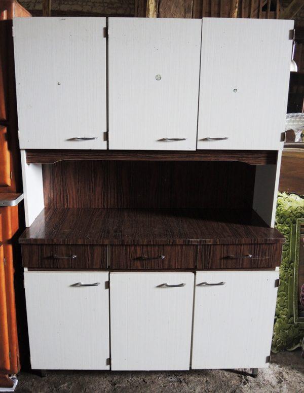 ancien-buffet-de-cuisine-en-formica-annees-70