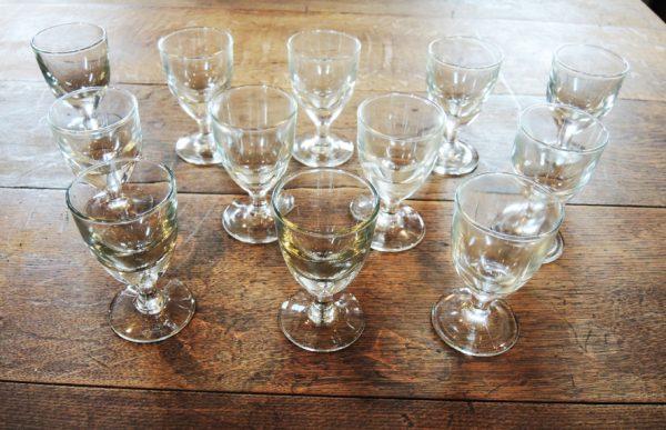 12-anciens-verres-a-pied-bistrot