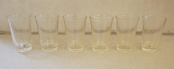 6-anciens-verres-a-digestif-droit