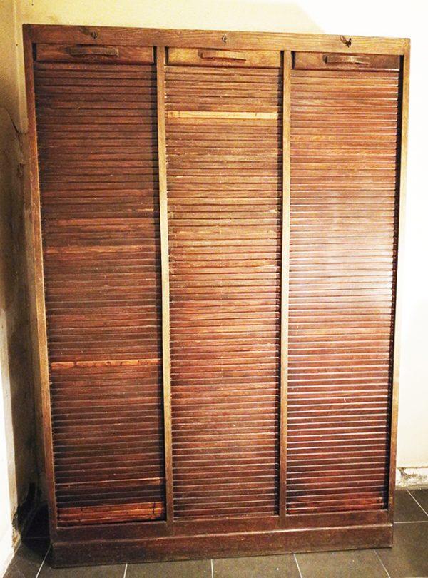ancien-meuble-classeur-a-triple-rideau-en-bois
