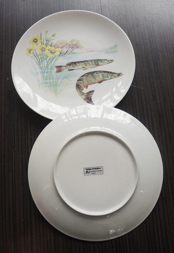 10-assiettes-a-poisson-en-porcelaine-philippe-deshoulieres
