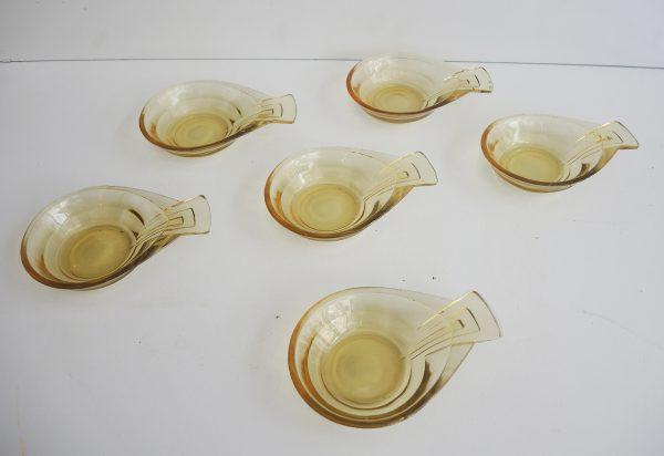 6-coupelles-a-manche-style-art-deco