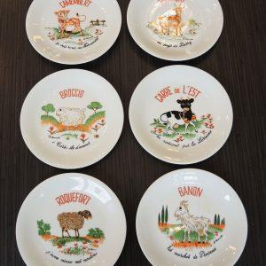 Service D'Assiettes À Fromage Vintage
