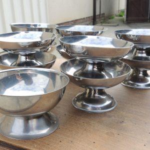 7 Coupes À Glace Vintage En Inox