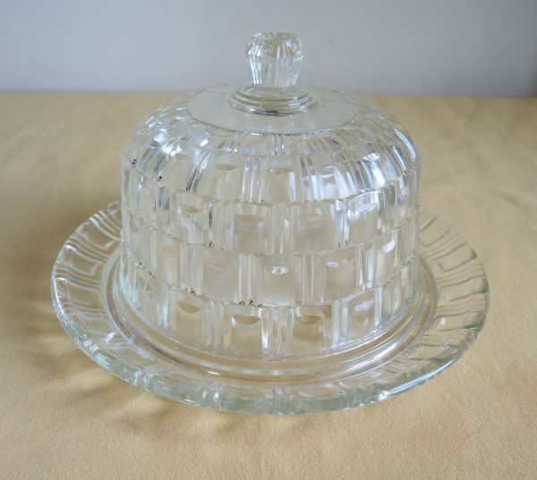 ancienne-cloche-a-fromage-son-plateau
