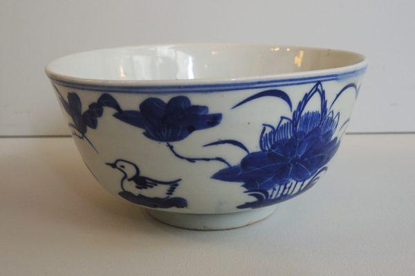 ancien-bol-chinois-en-porcelaine-bleu-blanc