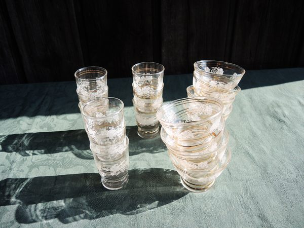 service-de-verres-anciens-transparent-or