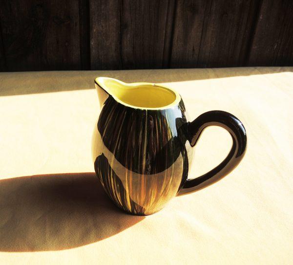 petit-pichet-ancien-en-ceramique-st-clement