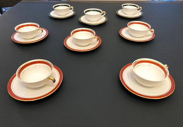 8-anciennes-tasses-a-cafe-en-porcelaine-lj-cie
