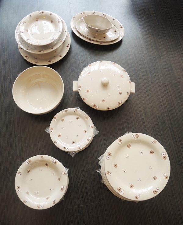 service-de-table-en-faience-de-longwy-43-pieces