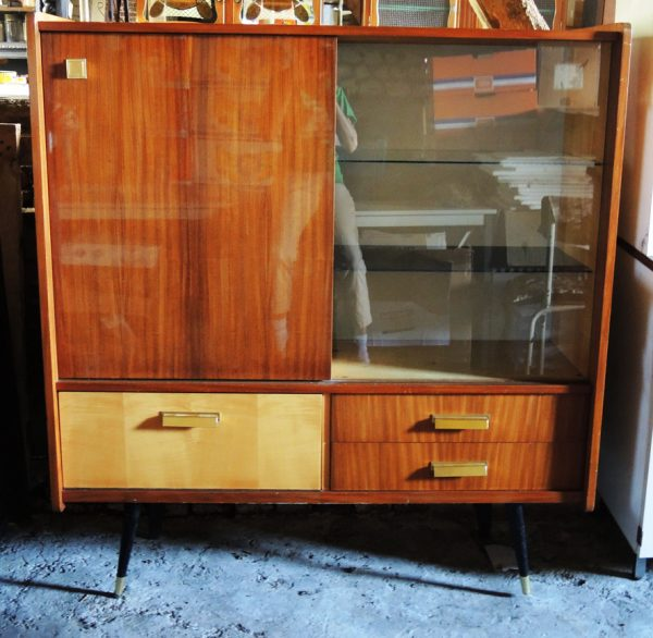 ancien-bar-vitrine-en-bois-verni-annees-50-60
