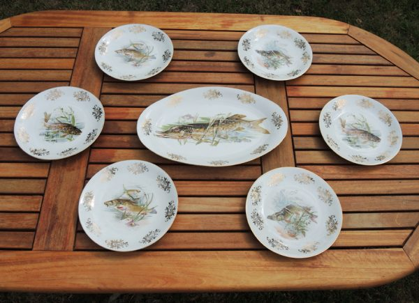 ancien-service-de-7-assiettes-a-poisson-en-porcelaine