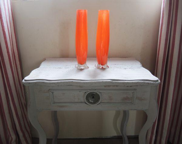 ancienne-paire-de-vases-en-verre-orange-annees-60-70