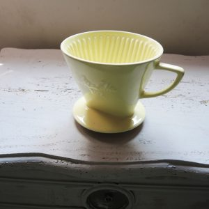 Porte-Filtre À Café Vintage En Céramique Jaune MELITA 102