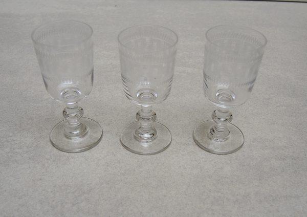 3-anciens-verres-a-goutte-h-75-cm