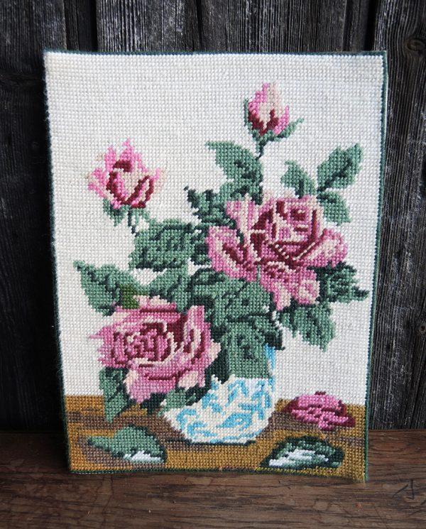 ancienne-tapisserie-canevas-pot-de-roses-roses