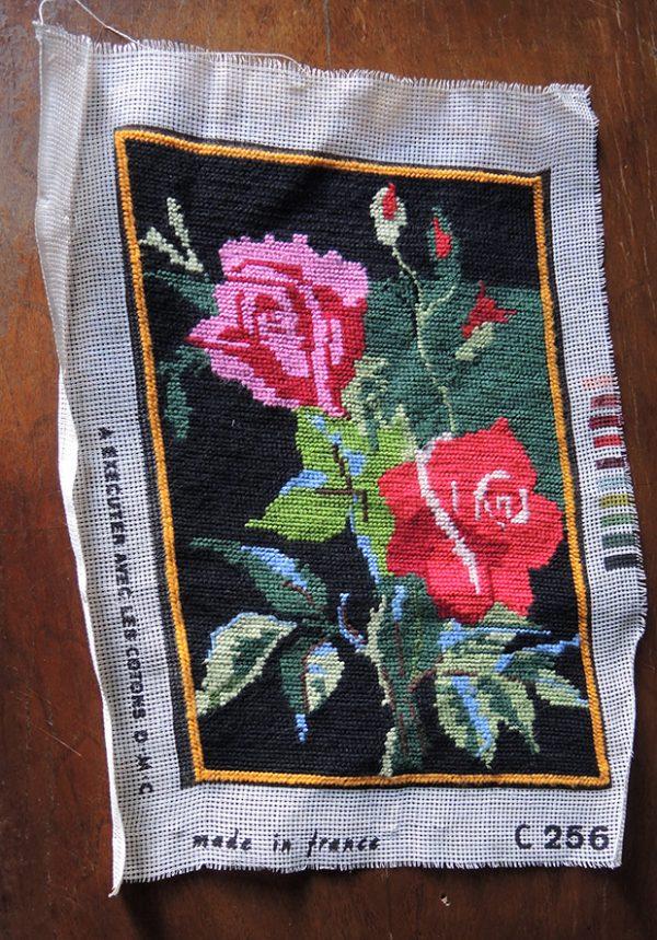 ancienne-tapisserie-canevas-roses-dmc-modele-c256