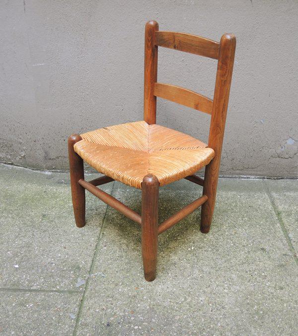 ancienne-chaise-en-paille-bois-enfant