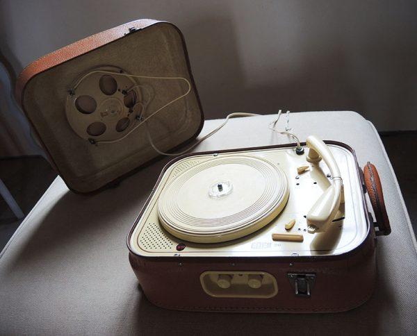ancien-tourne-disque-electrophone-valise-eden-20