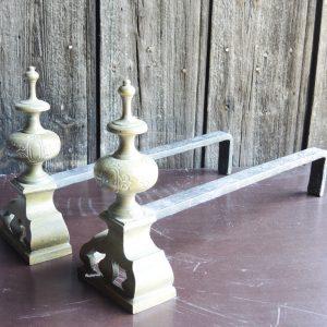 Paire de Chenets Vintage Minaret Fer et Laiton