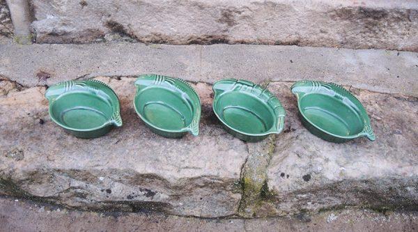 4-anciennes-mini-plats-au-four-terrines