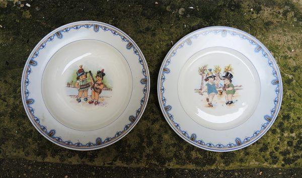 2-anciennes-assiettes-pour-enfant-en-porcelaine-charles-ahrenfeldt