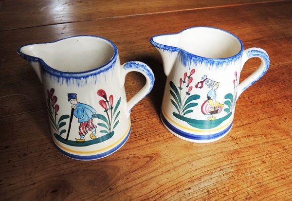 pichets-en-ceramique-de-lisieux-decoree-main
