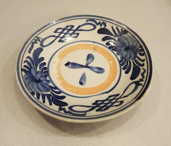 ancienne-coupe-en-ceramique-decor-gouache
