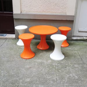 Table et 4 Tabourets Orange & Blanc STAMP TAM TAM