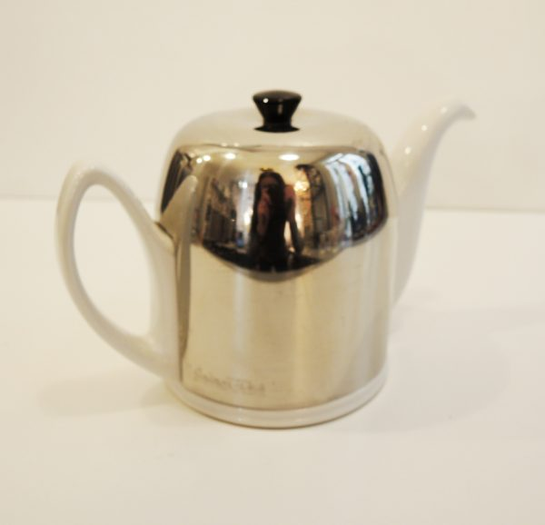 theiere-isotherme-vintage-porcelaine-blanche-inox