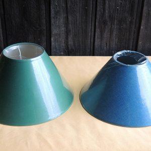 2 anciens abat-jour Vert / Bleu Canard NEUFS D30 cm