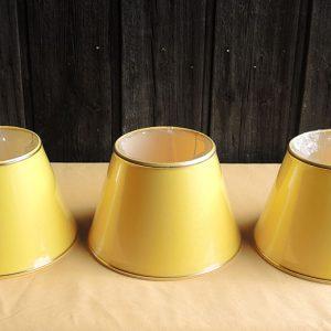 3 anciens abat-jour Jaune NEUF (bande dorée) D25,1 cm