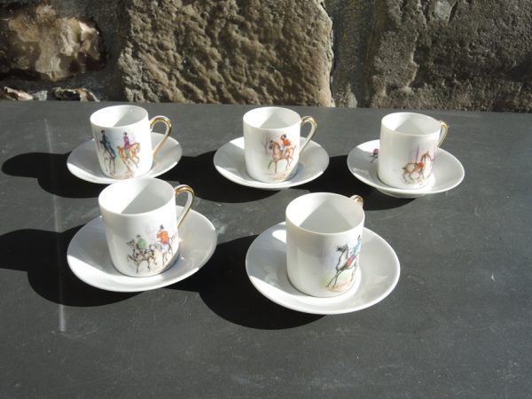 tasses-a-cafe-cheval-vintage-porcelaine