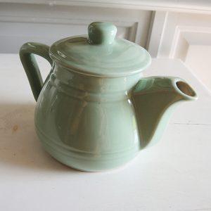 Théière Vintage En Faïence Vert d'Eau