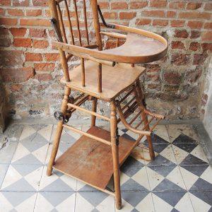 Chaise Haute Vintage Pour Bébé En Bois