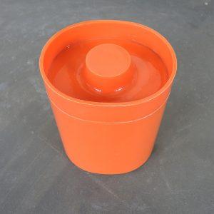 Boite En Plastique Orange 70s