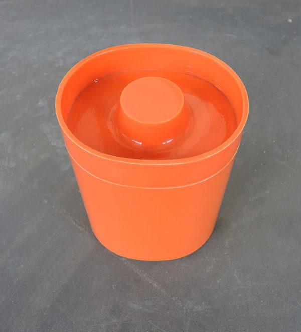 boite-avec-couvercle-orange-annees-70
