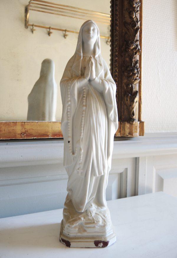 ancienne-statuette-vierge-marie