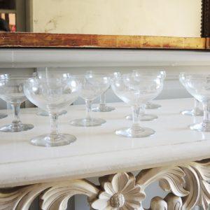 Coupes À Champagne Vintage En Verre Gravé